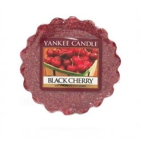 wosk od od Yankee Candle, czerwona w szklanym słoiku o zapachu Black cherry. Czereśnie, czarne czereśnie, owoce, słodkie, słodycze, owoce, sad, lato, wiosna, zima, jesień, prezent, prezent do domu, czereśnie, wiśnie, świeca, świeca zapachowa, wosk, drobny prezent, upominek