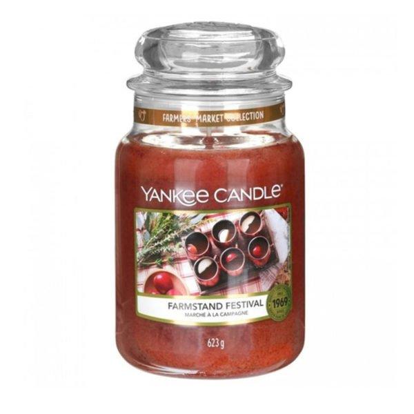 Duża świeca zapachowa od Yankee Candle, czerwona - brązowa, o zapachy Farmstand festival. Świeca, świeca zapachowa, zapachy, wosk, grzane wino, wino, słodkie, smaczne, miło, prezent, jesień, zima, święta, wigilia, prezent na święta, zapach jesieni