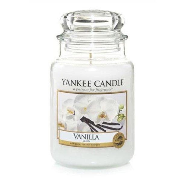 Duża świeca od Yankee candle, beżowa o zapachu wanilii. Vanilla, wanilia, spa, relaks, słodkie, delikatne, świeca zapachowa