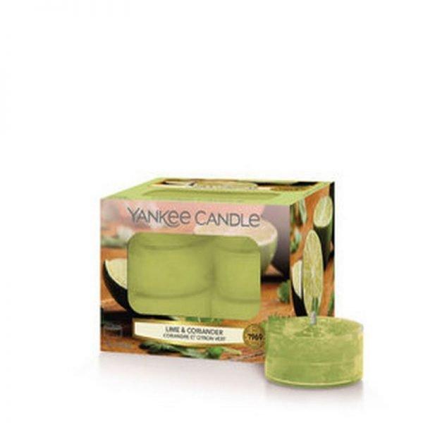 Tealight od Yankee Candle, zielona w szklanym słoiku o zapachu Lime coriander. Zapach, świeca zapachowa, zielona, limonka kolendra, świeżość, ostre, ostrość, orzeźwienie, lato, wiosna, wakacje, odpoczynek, relaks, dom, domowo
