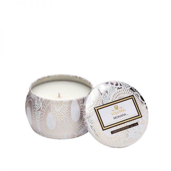 świeca, świece luksusowe, wosk kokosowy, luksusowy wosk, elegancki, unikatowy, piękny zapach, bogato, prezent, upominek, prezent na ślub, pomysł na prezent, damksie perfumy, biała lilia, lilia, mech, kwiaty, białe